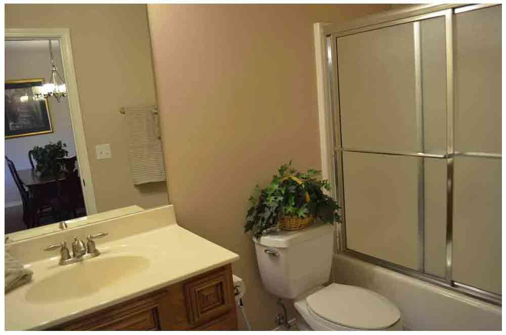 second-bathroom-off-of-the-living-room-area