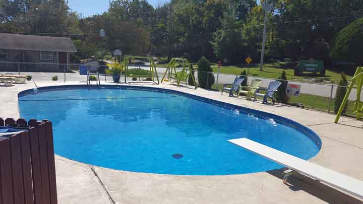 Guests love our place because the pool is always immaculately clean, warm and inviting.